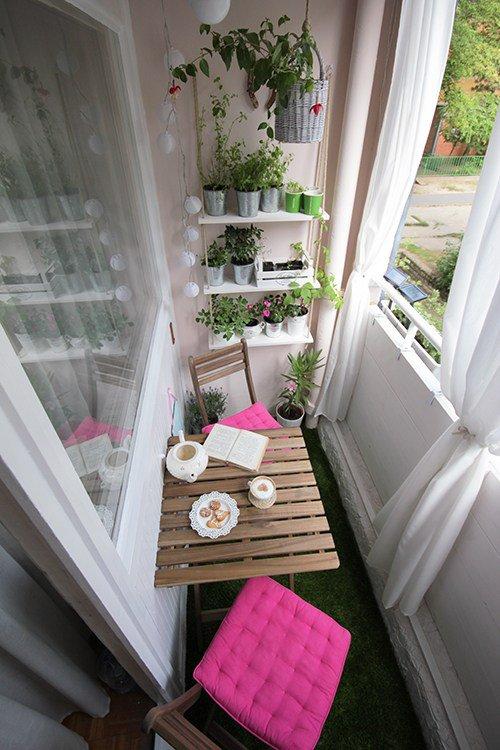 balcones decorados con plantadores 10