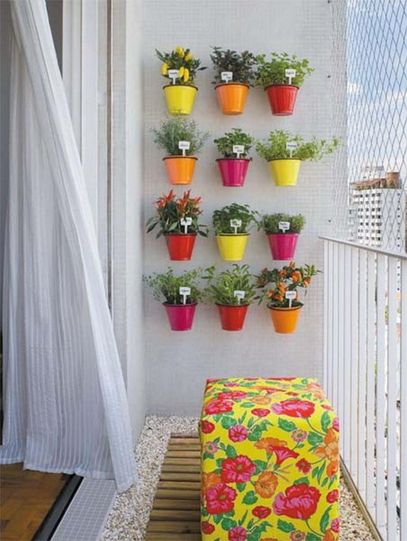 balcones decorados con plantadores 13