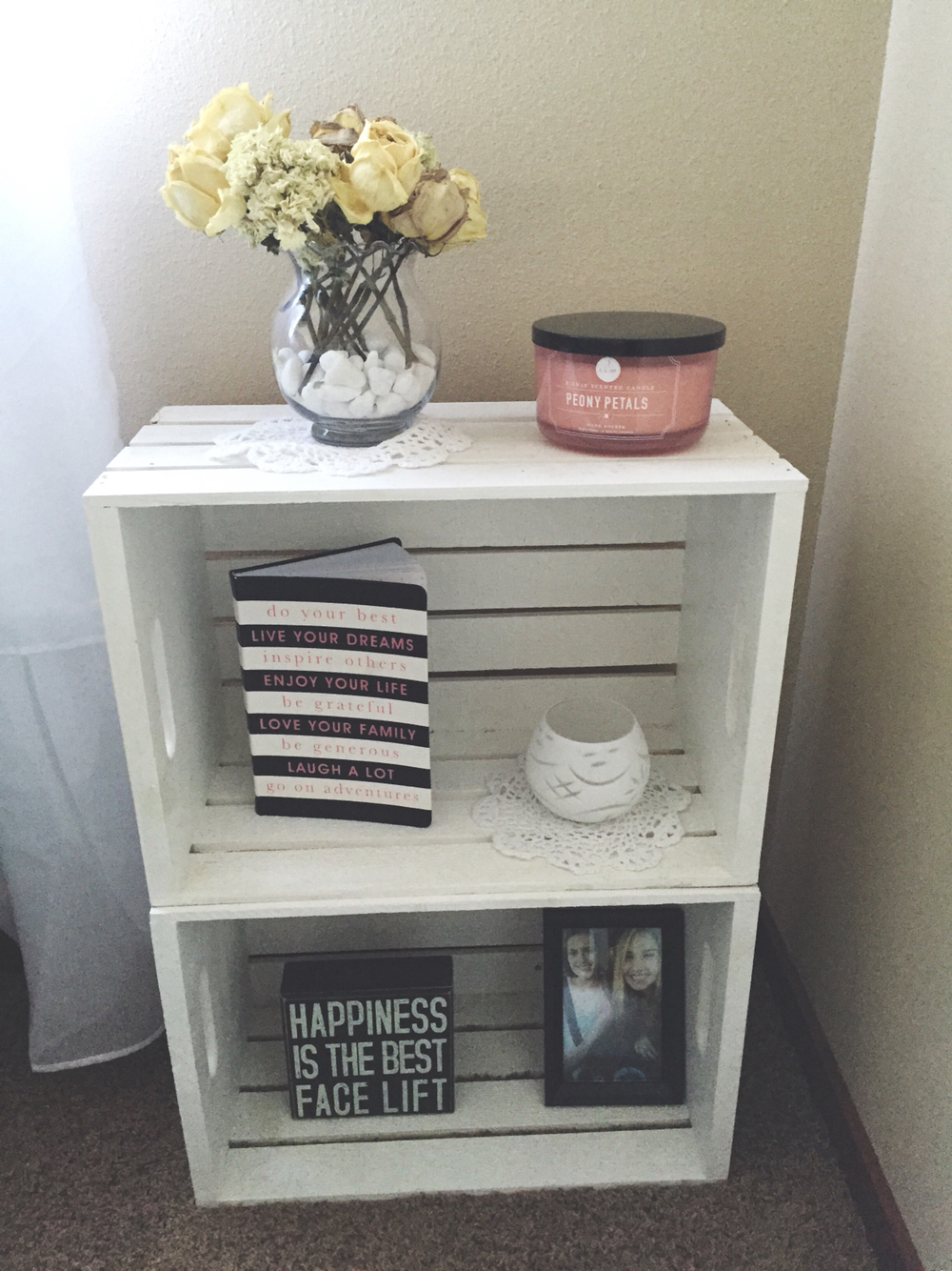 15 ideas creativas para decorar con cajas madera for Ideas con cajas de madera