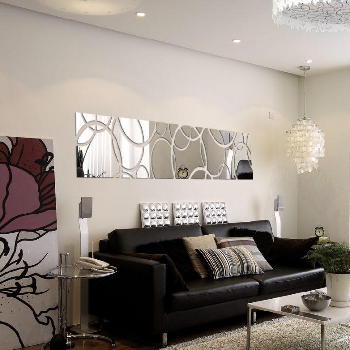 15 decoraciones impresionantes de la pared con espejos for Decoracion de salas con espejos en la pared