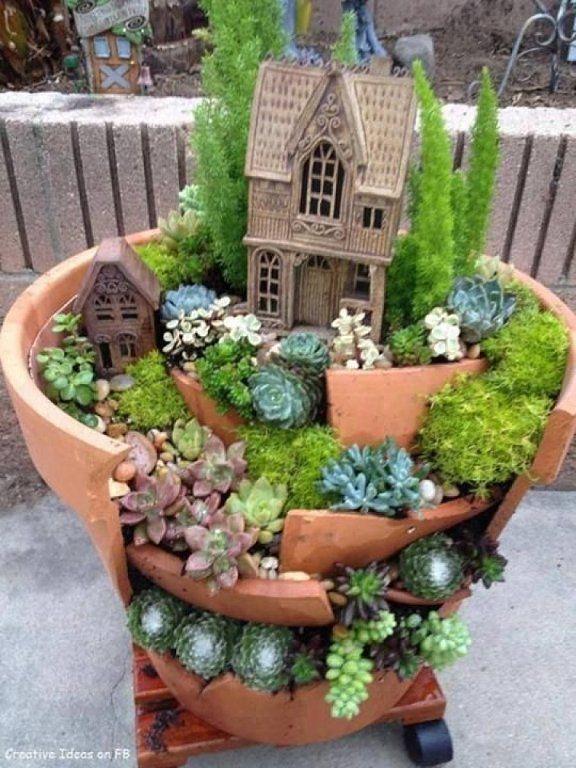 15+ Increíbles Jardines de Hadas Hechos en base a Maceteros Rotos