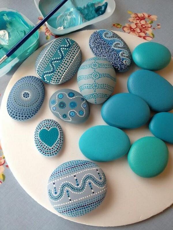 20+ Manualidades con Piedras Pintadas más Increíbles