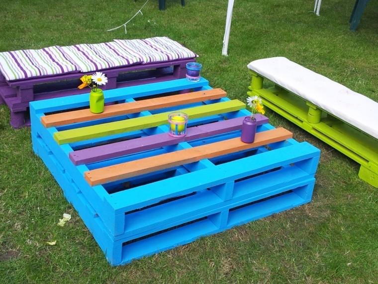 20 extraordinarios muebles de jard n hechos con palets for Muebles de jardin de palet