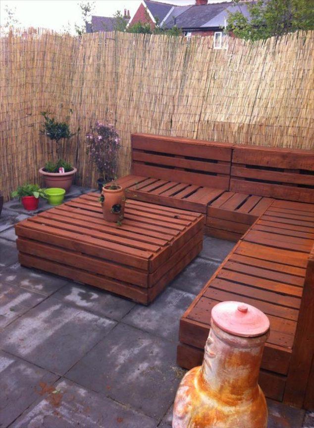 20 extraordinarios muebles de jard n hechos con palets for Muebles de jardin con palets