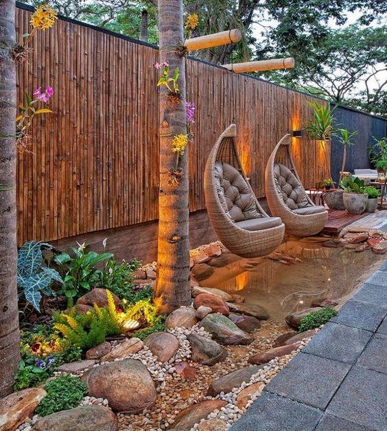 15+ Impresionantes Ideas para Decorar la Cerca con Paneles de Bambú