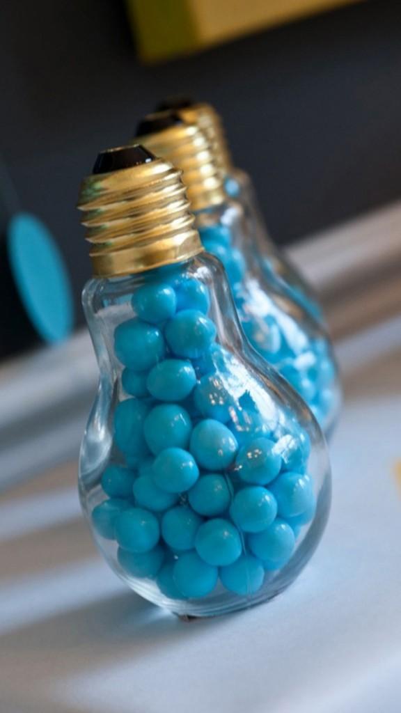 15+ Ideas Creativas para Reutilizar Bombillas