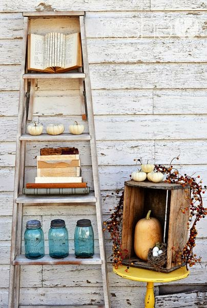 20+ Ideas Creativas para Reciclar Escaleras Vintage