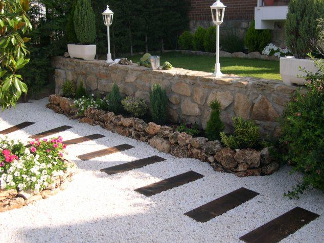 senderos y caminos de piedras en el jardin 9
