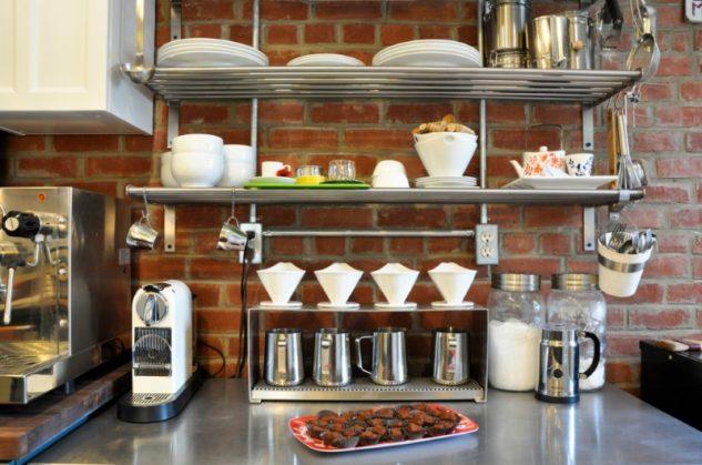20+ Inteligentes Soluciones de Almacenamiento para la Cocina con Estantes